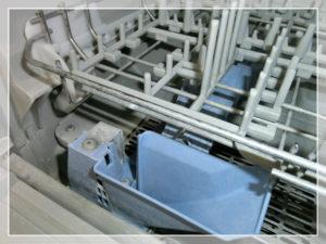 食洗機の水垢の拡大